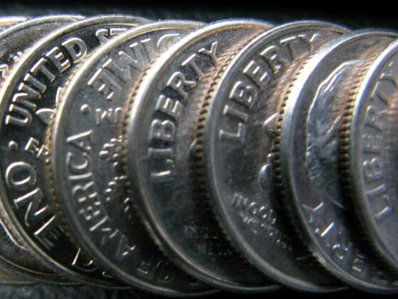 How to spot the rare and valuable error on 1983 dimes.