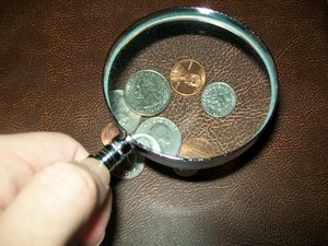 appraising-coins-photo-by-joshua.JPG