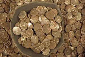 Coin Collecting Vs. Coin Hoarding: What's The Difference?