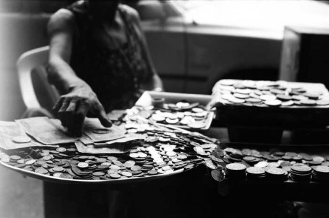 coin-dealer-photo-by-click-the-shutter.jpg