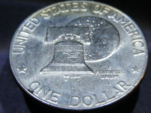 eisenhower-dollars-type-2-bicentennial-photo-by-mickey-glitter.jpg