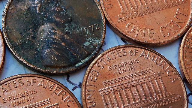 cu of a post 1982 penny (pre 1982) 25 g (post 1982) coin copper plated zinc, 25 %cu, balance zn, weight 2500 g, diameter 0750 in the mass of a penny has changed throughout.