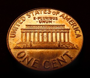 The Lincoln Memorial penny was made from 1959 through 2008. Here are 5 classic rare pennies and 3 recently discovered ones that can be found in pocket change.