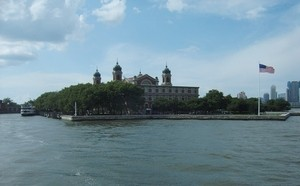 new-quarters-ellis-island-photo-by-hmerinomx.jpg
