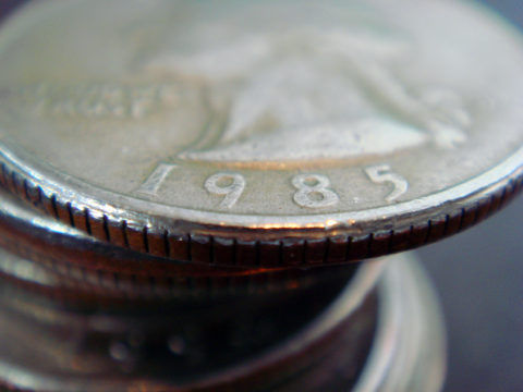 A stack of quarters without ridges on the edges