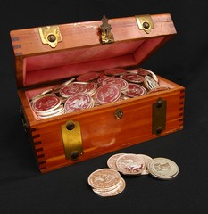 treasure-chest-silver-dollars-by-Renaudeh.jpg